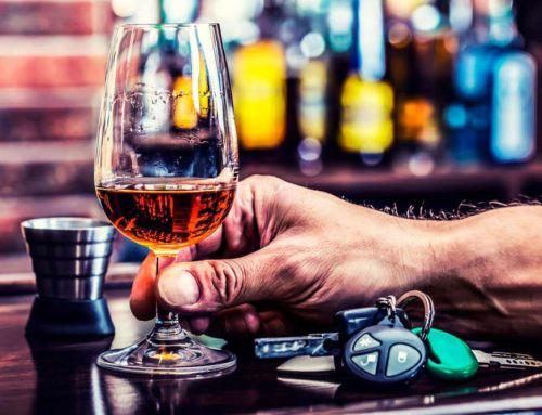 Si bebes y conduces… el seguro no te cubre